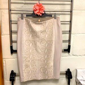 ❤️ Gorgeous Bailey 44 Snake print pencil skirt